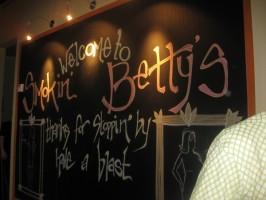 Smokin' Betty's Board