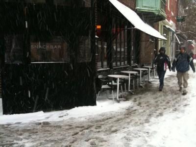 snackbar_in_the_snow