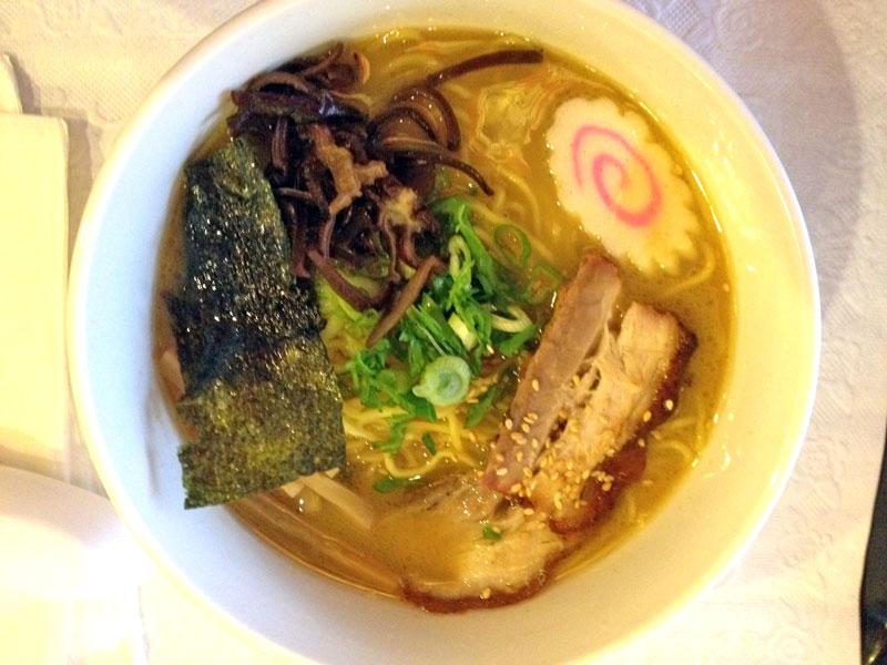 nom-nom-ramen-bowl