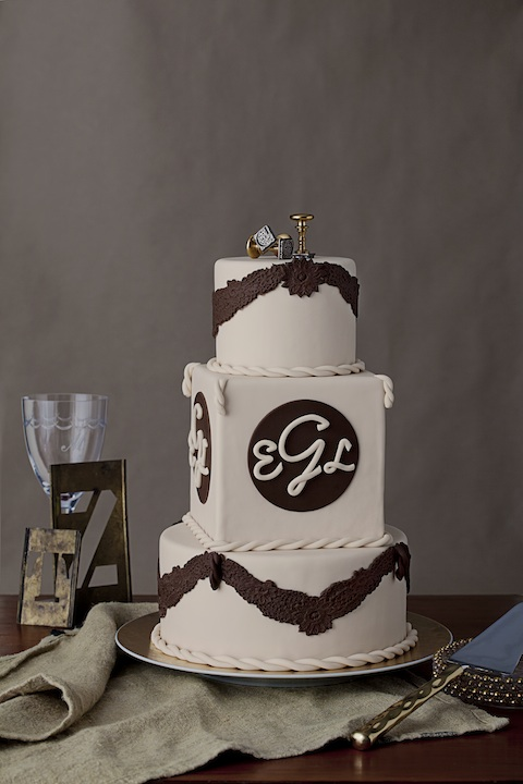 photos wedding cakes personalized with monograms quotes and