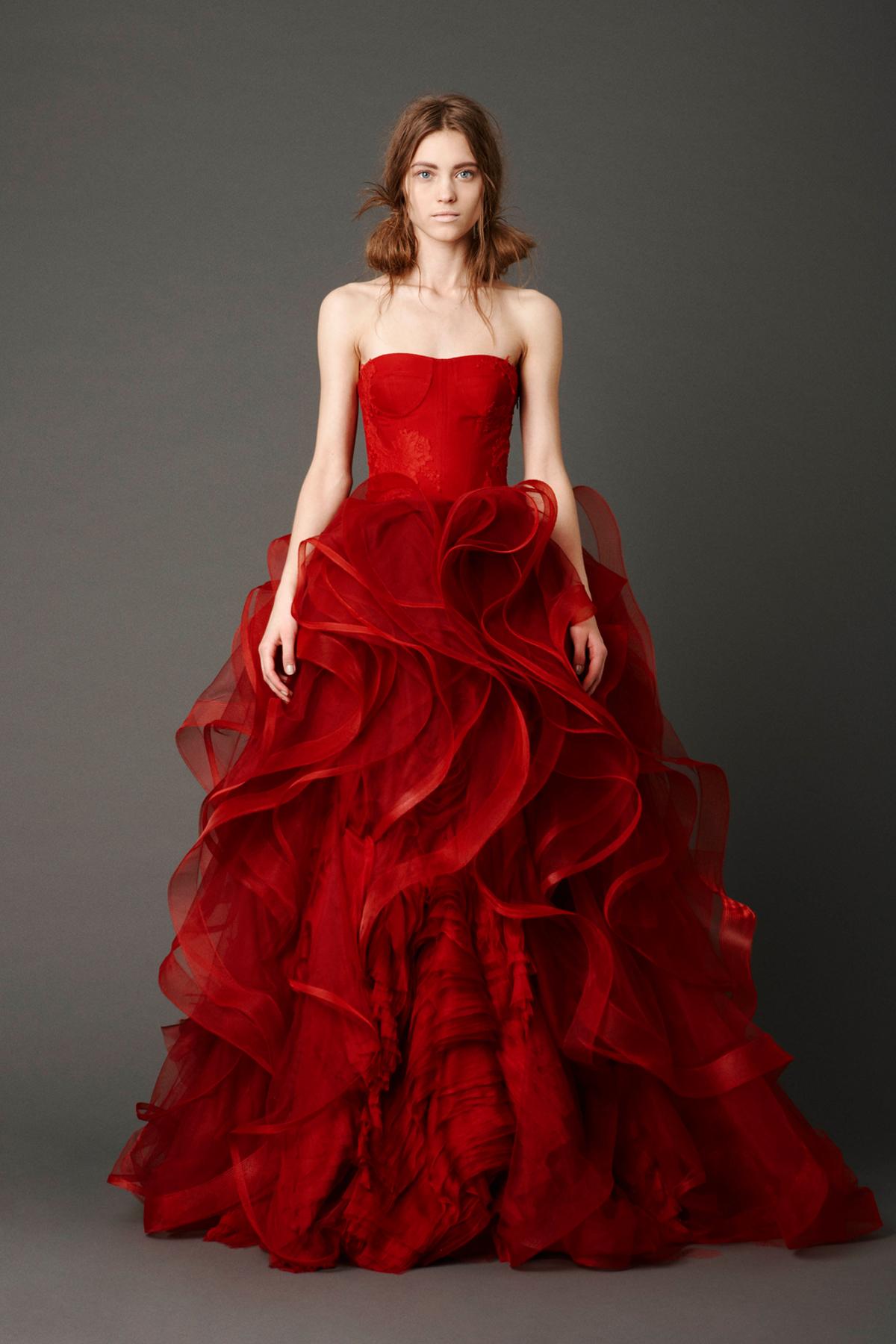 4a5f4e4689a Wedding Dresses By Vera Wang - Gomes Weine AG