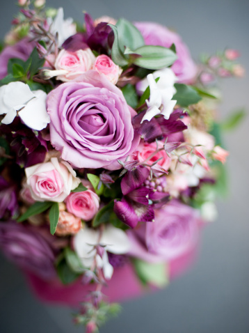 Here Are What the Blooms in Your Bouquet Mean: A Flower Glossary (With Photos!)