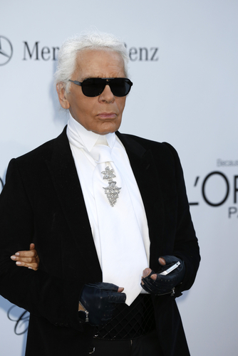 Karl Lagerfeld Supports Gay Marriage in His Spring 2013 Chanel Couture Show