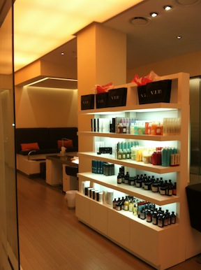 Volt, Hyatt at the Bellevue's New Salon, Loves Brides and Their 'Maids