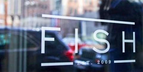 fish-window-carousel