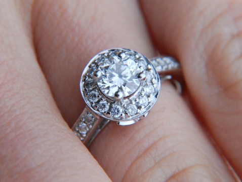 Do Bridal Salons Judge Your Wedding-Dress Budget by the Size of Your Engagement Ring?