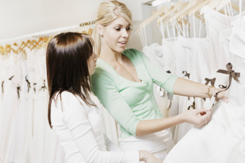 Here Are the 8 People Who Should Not Come Wedding Dress Shopping With You