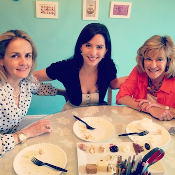 Bride-to-be Blogger Stephanie: My Cake Tasting!