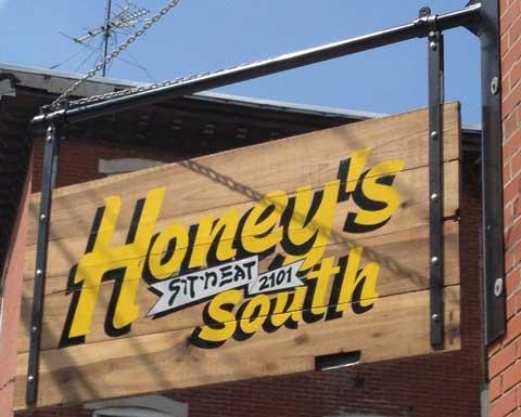 honeys-south-sign
