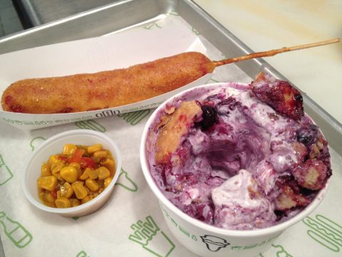 shake-shack-corn-dog