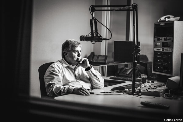 What is former Fox pundit Dick Morris doing on the radio in Philadelphia?