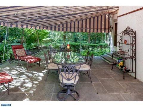 bryn mawr estate patio