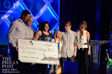 Hamels Foundation's Fourth Annual Diamonds and Denim, Cole Hamels presents check to Angle family