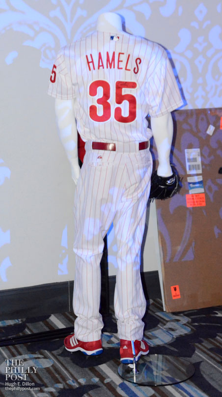 Hamels Foundation's Fourth Annual Diamonds and Denim, Cole Hamels' uniform