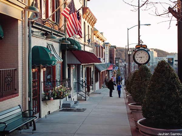 Conshohocken philadelphia suburb real estate