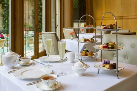 Mary-Casssat-Tea-Room---Tea-Service-(1)