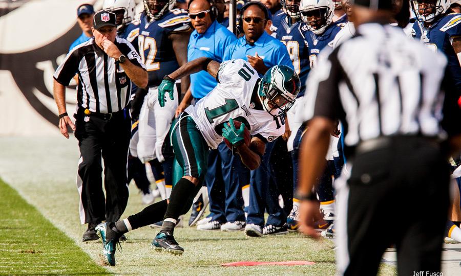 Eagles WR DeSean Jackson falls out of bounds