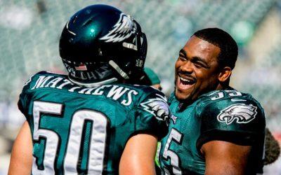 Eagles LBs Casey Matthews and Brandon Graham laughing