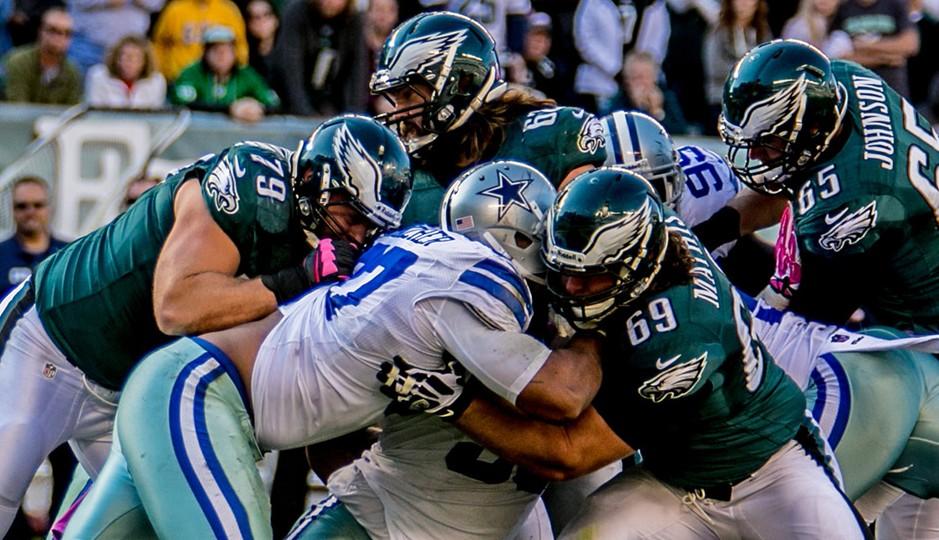 Eagles offensive line battles Cowboys Defensive line