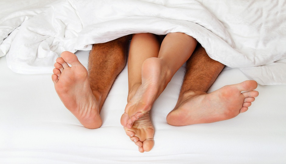 PW-couple in bed shutterstock