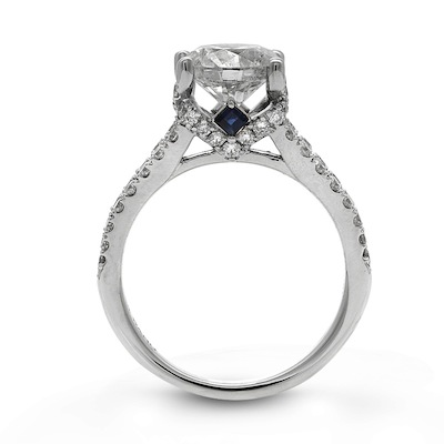 PHOTOS Vera Wang LOVE Unveils New Diamond Engagement Ring