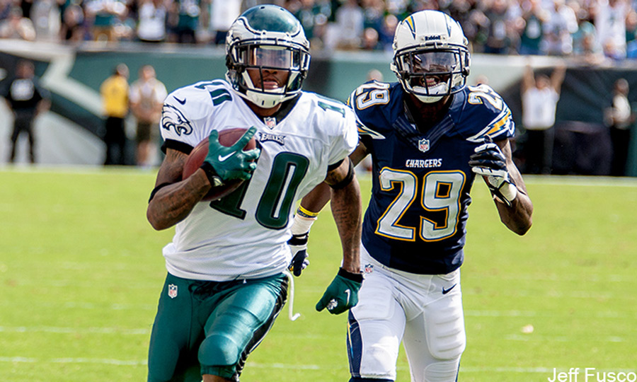 Eagles WR DeSean Jackson running against Chargers