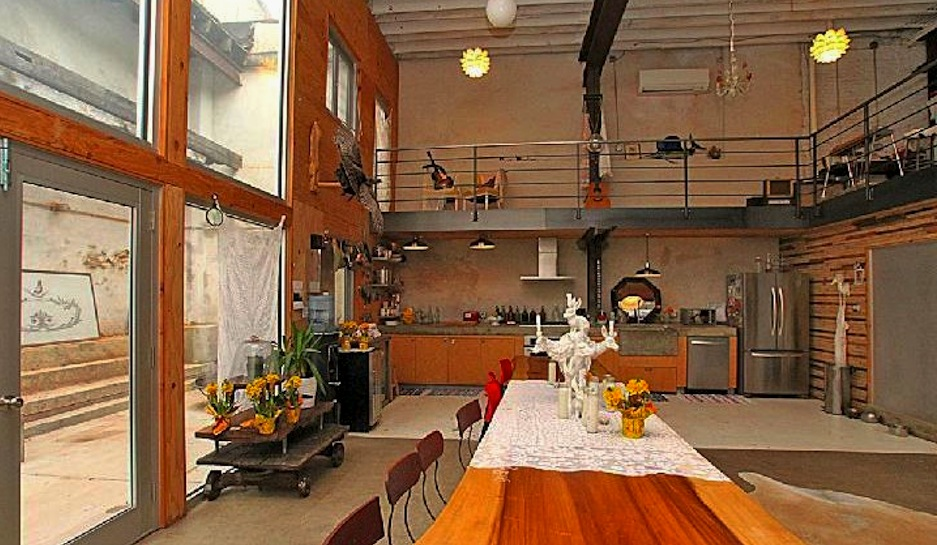 Sold Doub Hanshaw S Incredible Free People Garage Loft