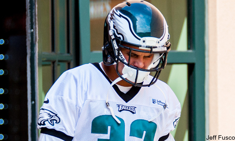 Eagles CB Jordan Poyer head down at practice