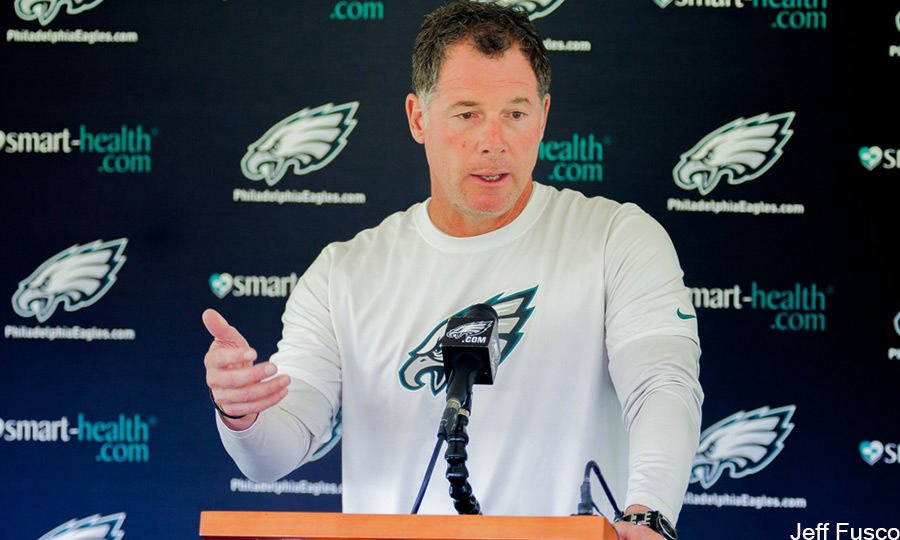 Eagles offensive coordinator Pat Shurmur talks to media