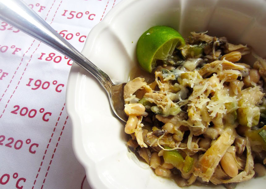 Make: Low-Cal Chicken, White Bean and Veggie Chili