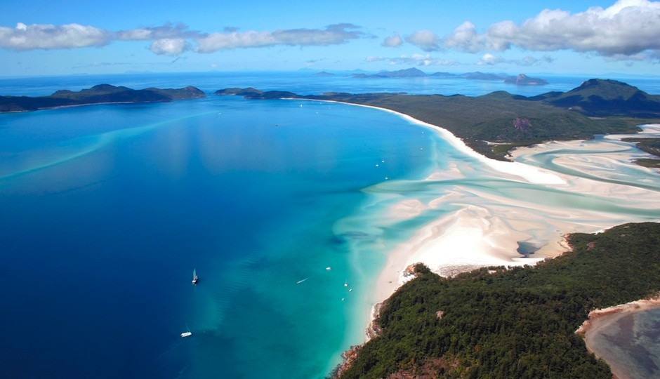PW-whitehaven beach at whitsunday island australia