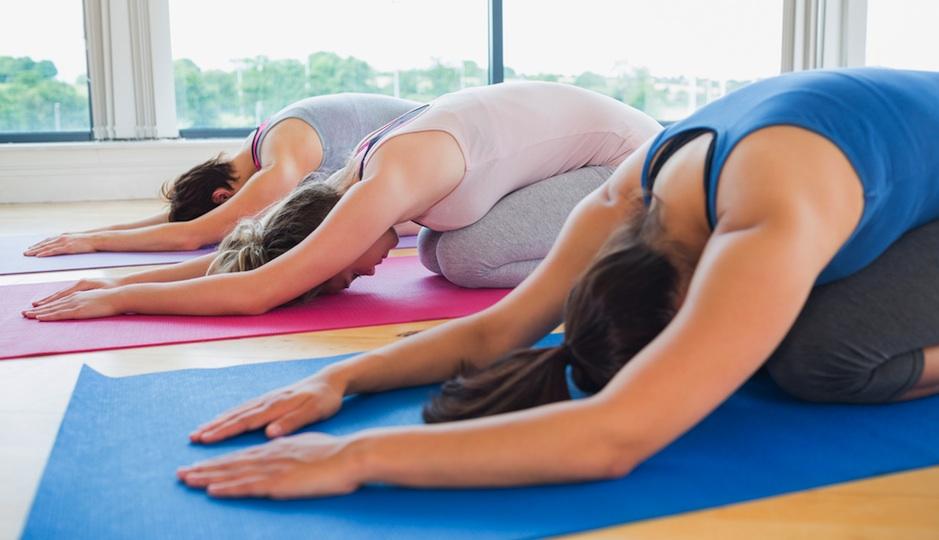 PW-yoga class shutterstock