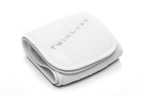 TWINLUXE SHAVE TOWEL