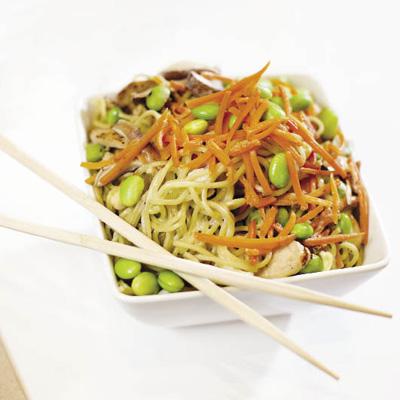 Honeygrow's noodle stir-fry strikes the right nutritional balance // Photograph by Amanda Jaffe