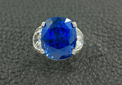 A sapphire and diamond engagement ring from Craiger Drake Designs in Rittenhouse.