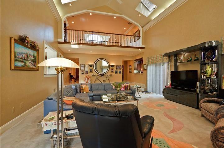 family-room-carpet