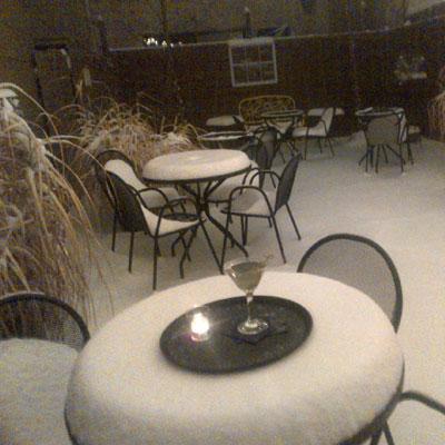 cambridge-courtyard-snow
