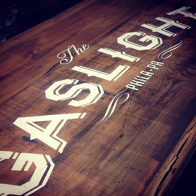 gaslight-sign-square