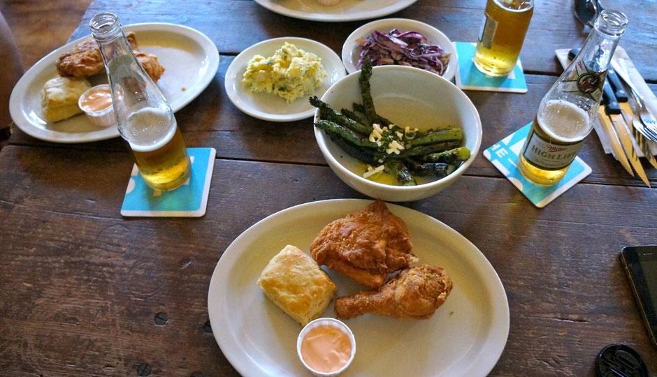 meme-fried-chicken-at-american-sardine-bar