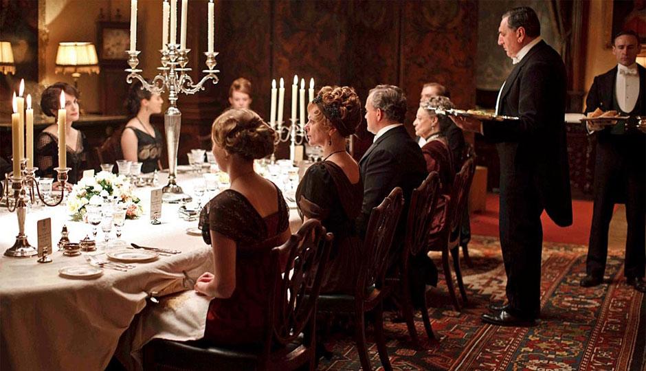 Downton-Abbey-Dinner-940
