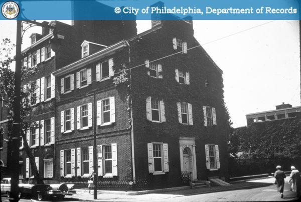 238-240 S 4th Street, circa 1938. Photo credit: PhillyHistory.org.