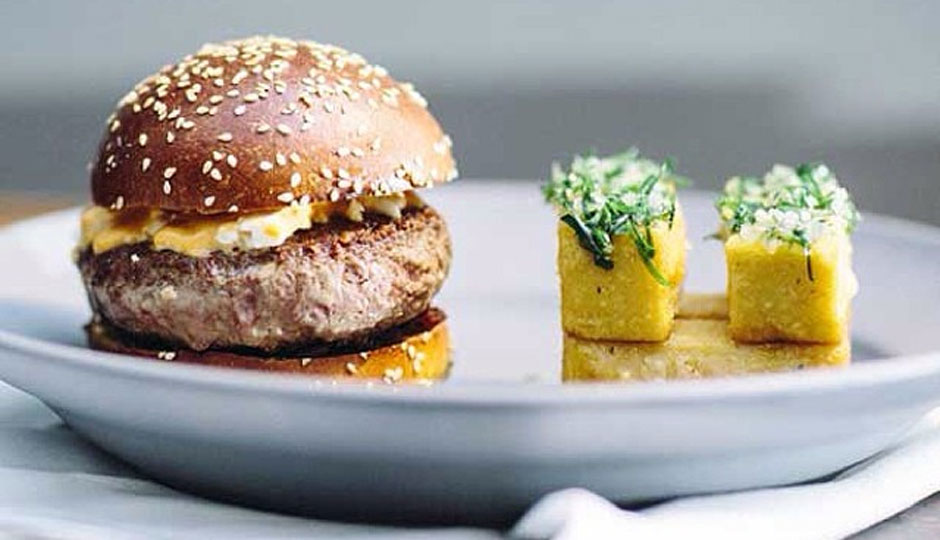 avance-burger-neal-santos-940