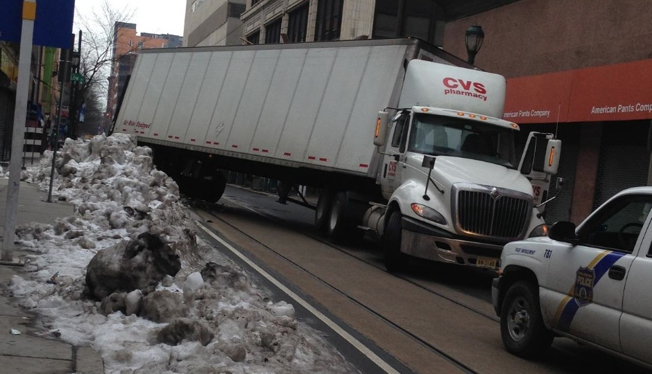 photo-cvs-truck-stuck-philadelphia