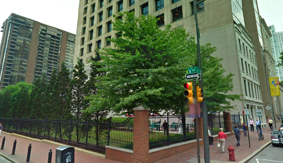 Screenshot of 5th and  Walnut corner via Google Street View