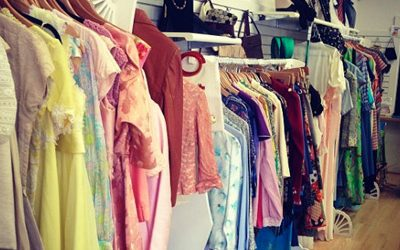 You Need to Shop This Vintage Sale