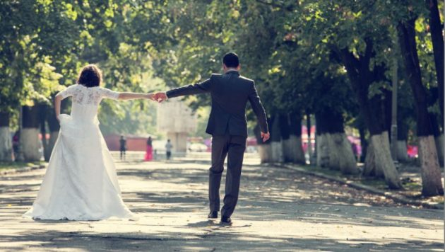 Don't forget the walk away shot! (Shutterstock)