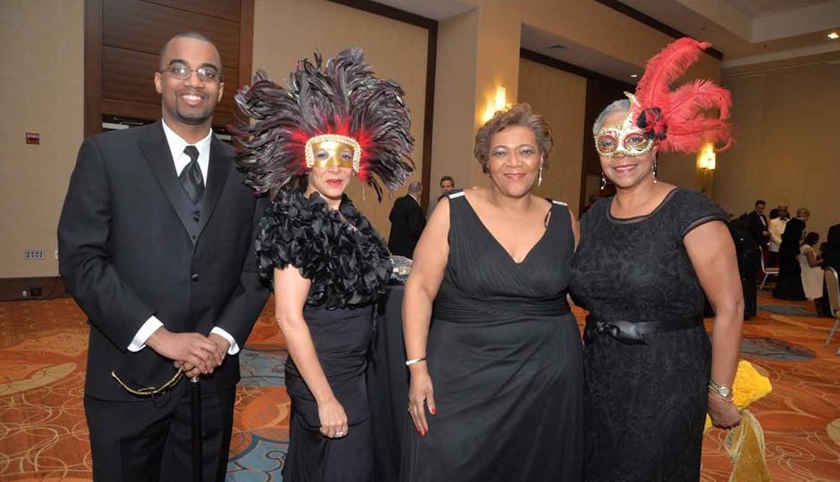 United-Negro-College-Fund-Mayors-Masked-Ball-06-2233-Jason-Mays-Mariska-Bogle-Lynette-Brown-Sow-Toni-Crawford-940x540