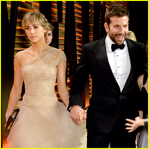 Bradley Cooper and his Oscars 2014 date, supermodel Suki Waterhouse.