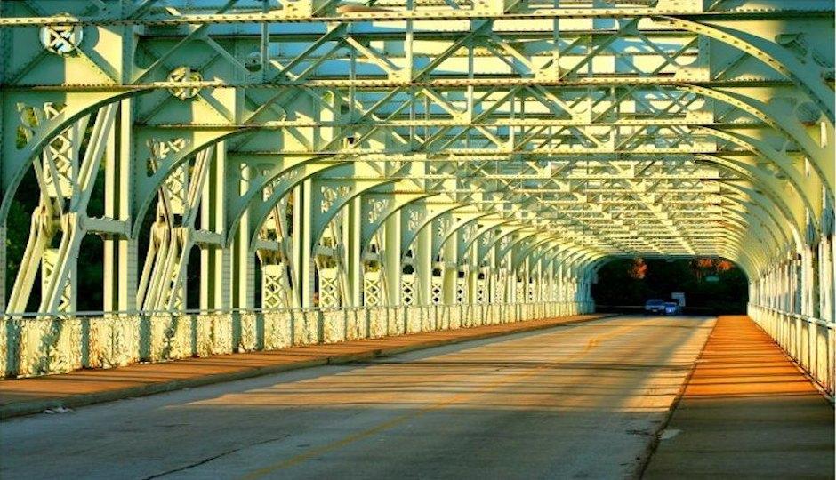 Photo of the Falls Bridge via  Fourth Floor  at Flickr.