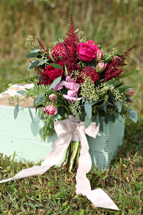 photos gorgeous  natural  rustic bouquets and